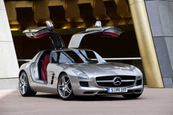 iPhone : la Mercedes SLS AMG a une application