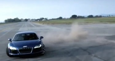 audi r8 v10 piste d'atterrissage avion-drift gymkhana- webrides tv- insolite video-blog auto-specialist auto