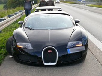 Bugatti on Accident   Une Bugatti Veyron Tape La Barri  Re De S  Curit   Faits