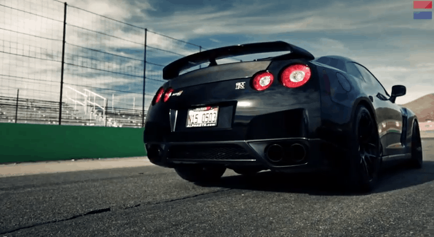 Car and Driver teste la Nissan GT-R la plus rapide du monde, 1400 chevaux inside