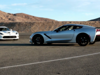 Duel : Corvette Stingray 2014 vs. Dodge Viper SRT 2013