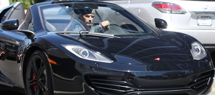 David Beckham roule en McLaren MP4-12C Spider