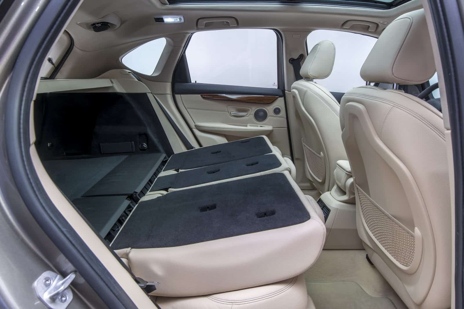 bmw serie 2 active tourer premier monospace traction. Black Bedroom Furniture Sets. Home Design Ideas
