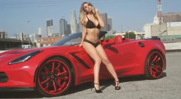 La Corvette Stingray fait un shooting sexy
