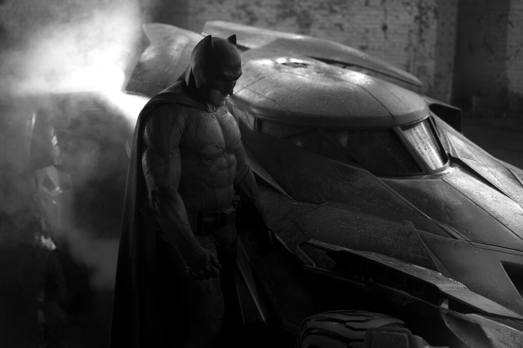 Batman vs. Superman : nouvelle image de la Batmobile