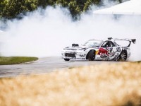 Goodwood : Mad Mike fait crisser les pneus de sa Mazda RX-7