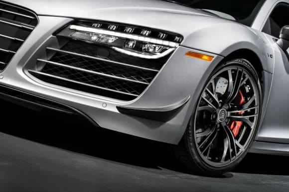 Audi-R8-Competition-7